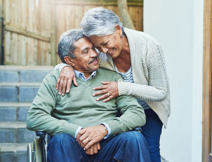 senior-married-couple