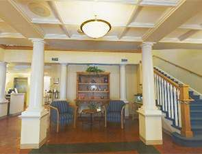 Assisted Living Lobby | Westminster Village at Dover