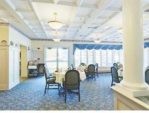 Assisted Living Dining   Westminster Village at Dover