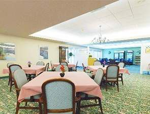 Cafe and Dining Room | Westminster Woods at Huntingdon