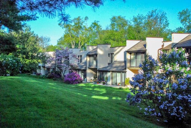 3 Reasons to Choose Northeast Philadelphia for Senior Citizen Housing- Cathedral Village in Roxborough
