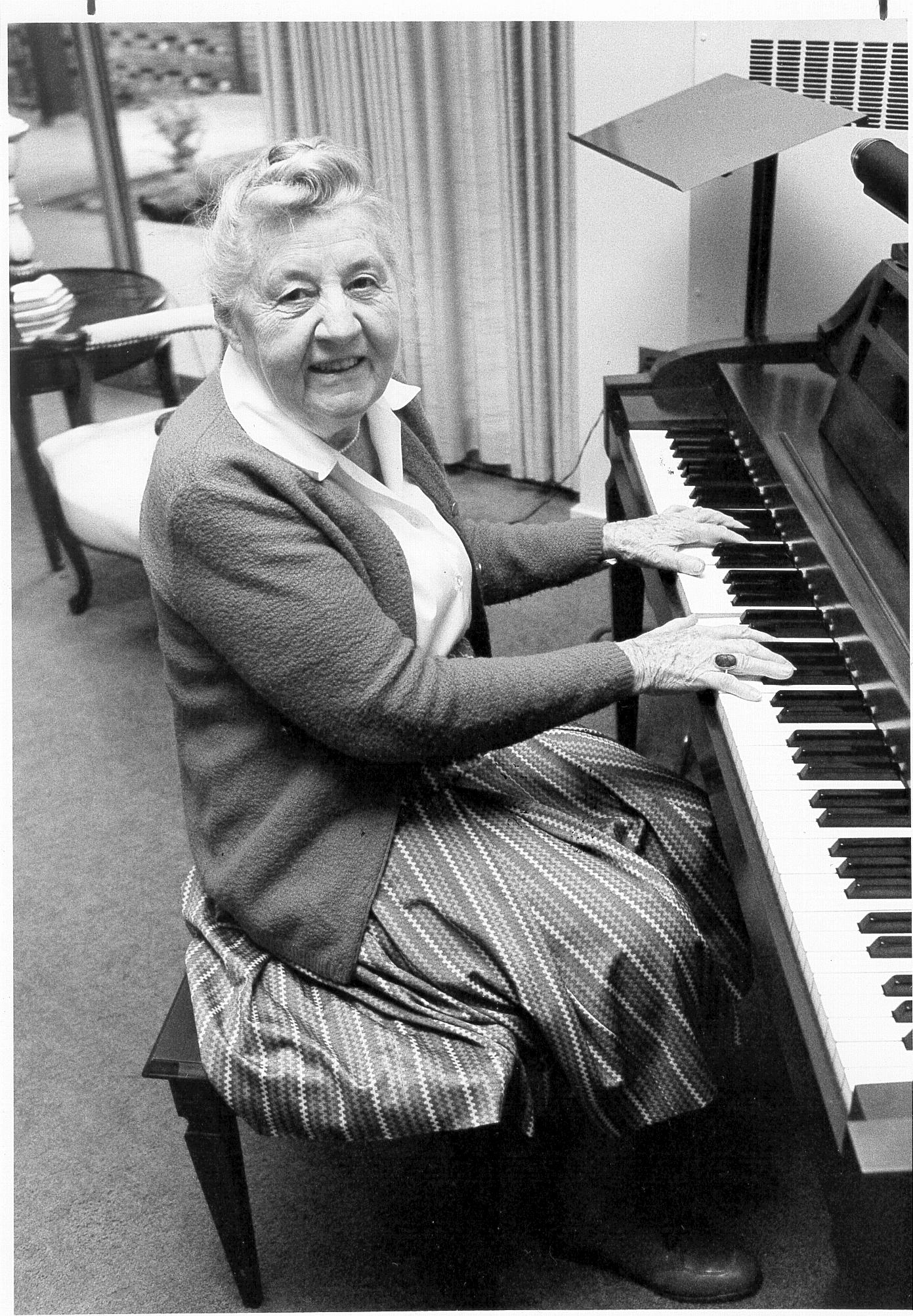 Hazel McGill.png