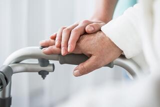 Dementia Delirium Alzheimers   Hands on Walker