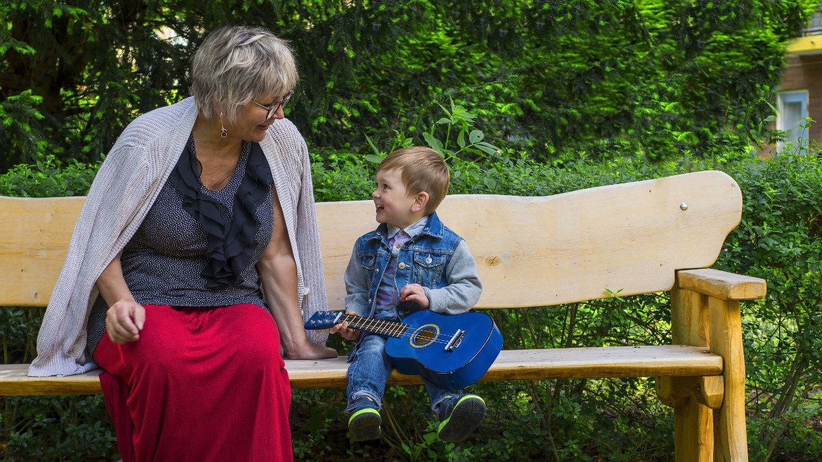 Mentoring Children | Senior with Toddler