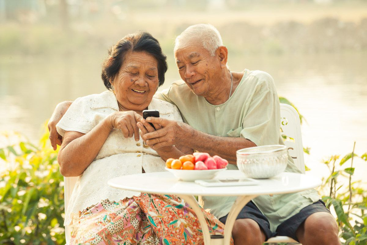 seniors cell phones