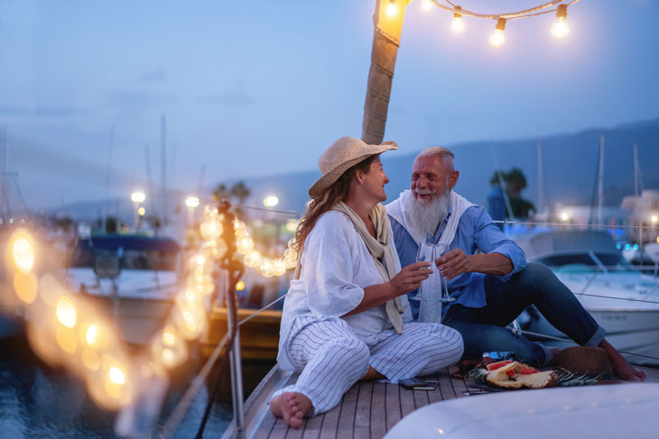 senior-date-on-a-sail-boat