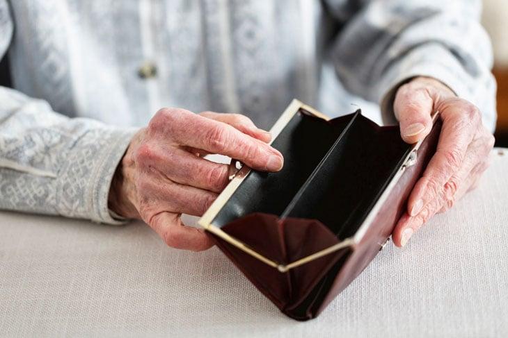 senior-lifestyle-change-negative-after-retirement
