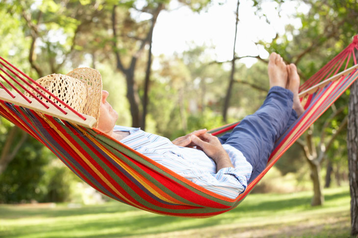 senior-comfortable-living-hammock