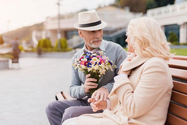 senior-first-date